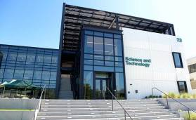 Cañada College's new Science & Technology Building