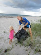 Samantha and Kelly Varnes Clean Up South Florida Beaches