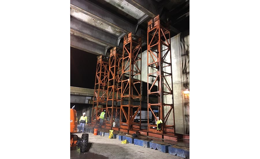 Shoring towers beneath Lake Shore Drive