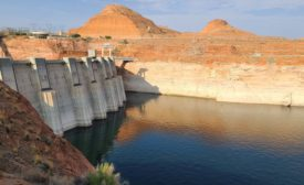 Lake Powell level behind Glen Canyon Dam in August 2021