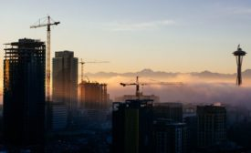 Cranes and projects in progress in Seattle