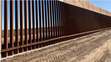 borderwallTEXAS.JPG