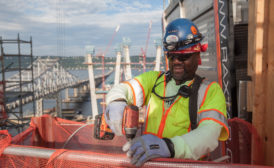 New_Tappan_Zee_bridge_worker.jpg