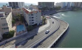 Miami Beach's A1A flood-mitigation project