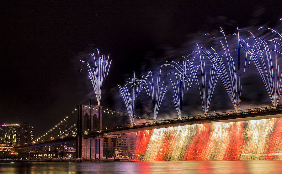 0702BrooklynBridge.Fireworks.Norman.jpg