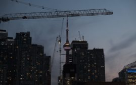 Torontocrane.jpg