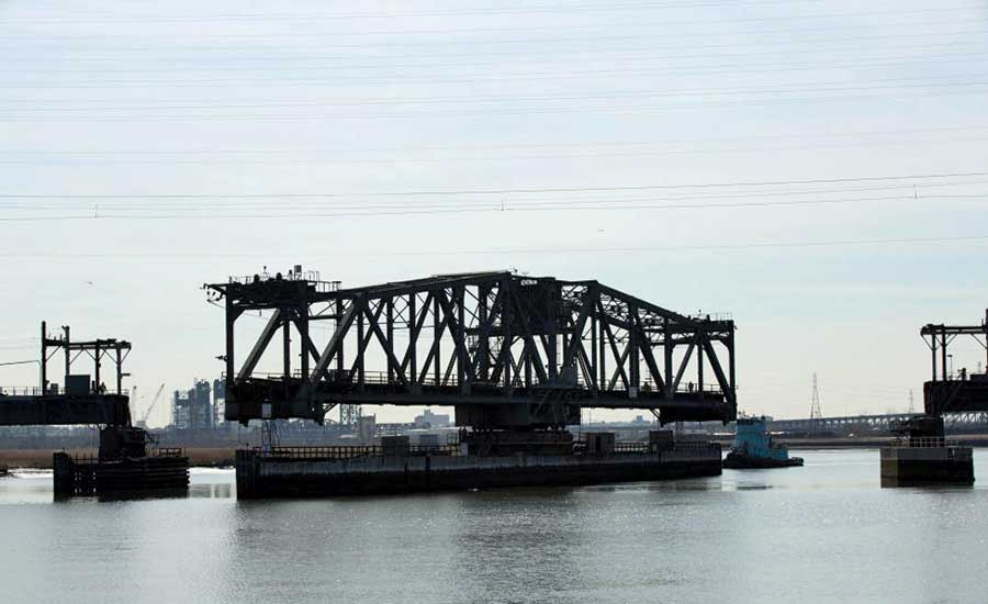 Swing span bridge across the Hackensack River