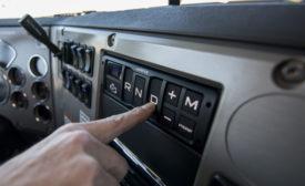 Mack Granite mDrive HD console