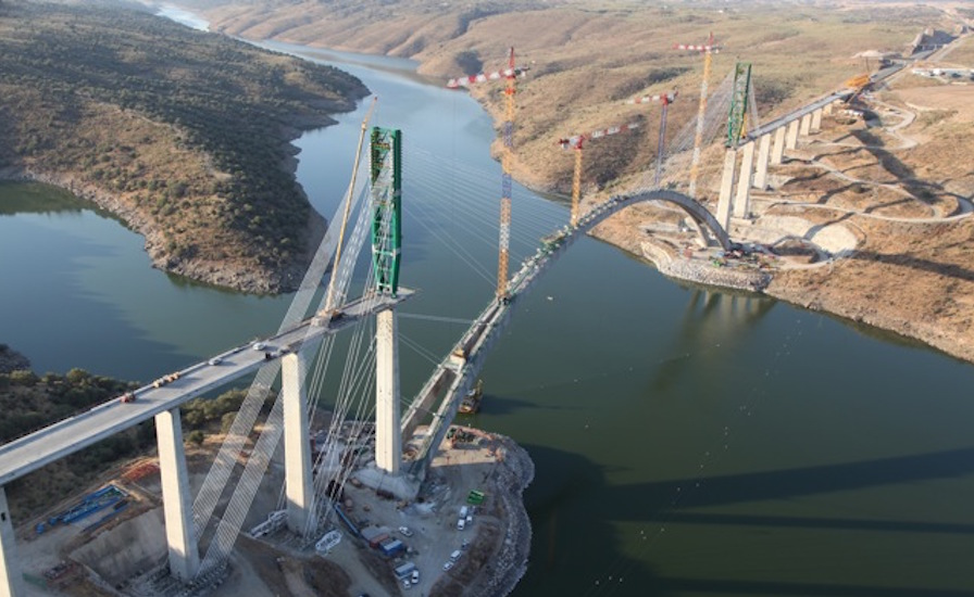 World's Longest Arch Bridge For High-Speed Rail Takes Shape