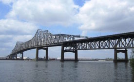 Bridge_over_Misssissippi_River.jpg