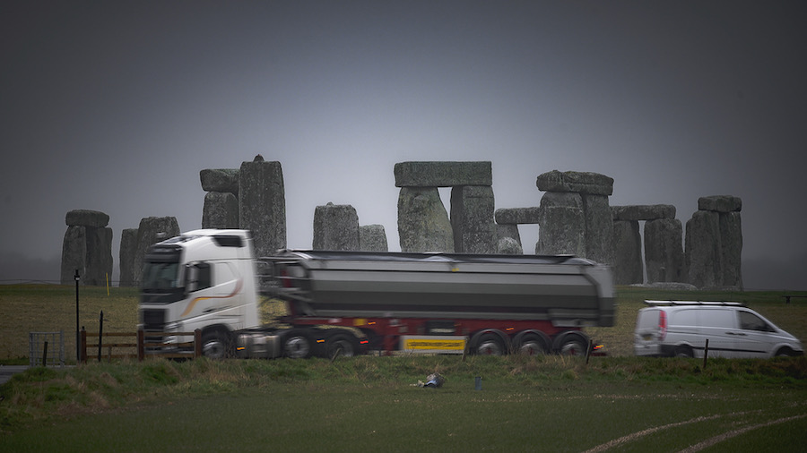 UK Approves Tunnels to Replace Road Around Stonehenge