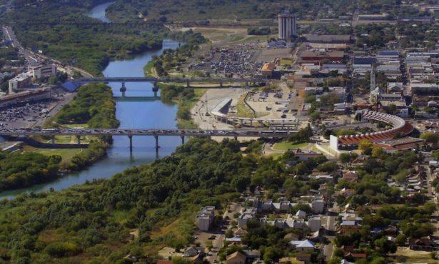 Laredo.borderwallscenic.jpg