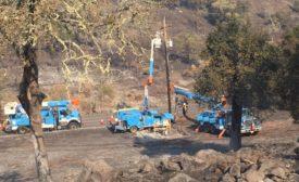 PG&E crews wildfire