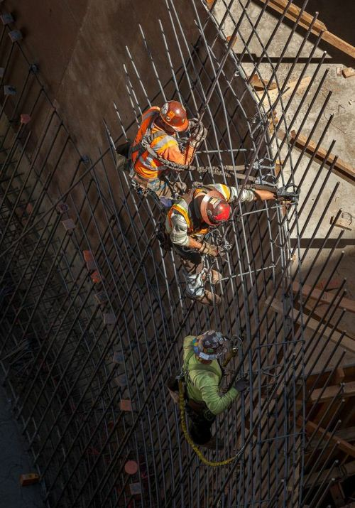 Contractors See Big Jump in Revenue During Past Year
