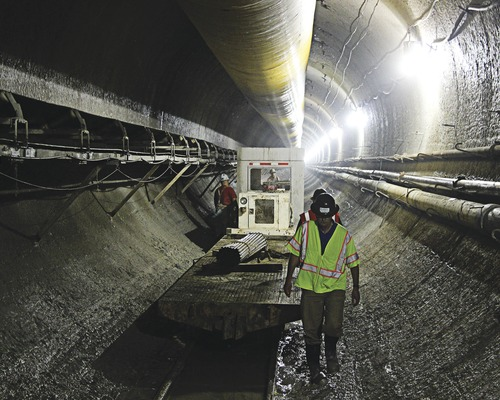 Deep Below Indianapolis, Tunnelers Race to Control Waste