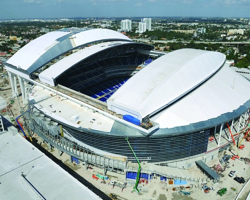 Marlins' Retractable Roof Braces Itself for Storms
