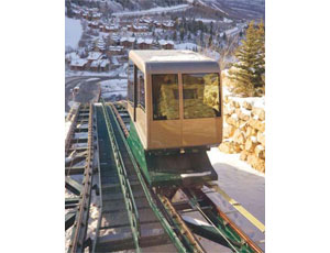 The resort is connected to the Snow Park Lodge by a dual-car funicular, which transports patrons to and from the lodge.