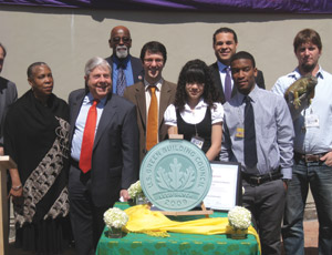 From left: David Burney, Commissioner of the New York City Department of Design and Construction; Georgina Ngozi, President & CEO of the Brooklyn Children�s Museum; Marty Markowitz, Brooklyn Borough President; Alvert Vann, New York City Council Member (District 36); Russell Unger, United State Green Building Council; 2 Brooklyn Children�s Museum Interns; James Robinson, Skanska USA Building; Iggy the Iguana with a Brooklyn Children�s Museum handler.