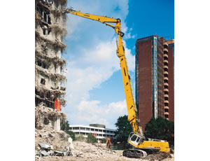 Selective Demolition: Crawler-Excavator Gets In Close