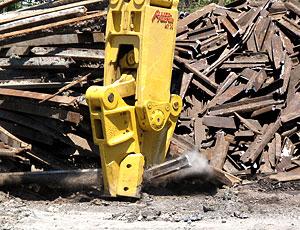 Demolition Attachment: Interchangeable Jaw Segment