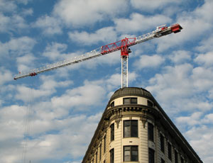In Washington State, Crane Inspections Lag Behind