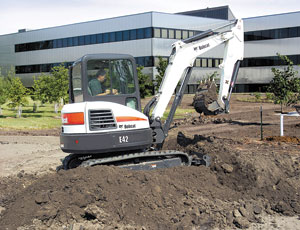 Compact Excavator: Auto-Idle Function Saves Fuel