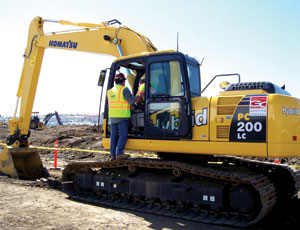 Hybrid excavator, now on a road show and shown at the Port of Los Angeles, is the first machine of its kind to go to work in the U.S. It offers up to 40% efficiency over a conventional, non-hybrid model.