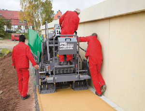 Mini Paver: Adjustable Screed Width for Narrow Paving Jobs
