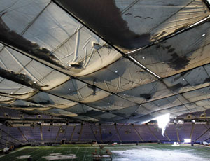 Weight of Snow Deflates Fabric Roof Of Minneapolis Metrodome