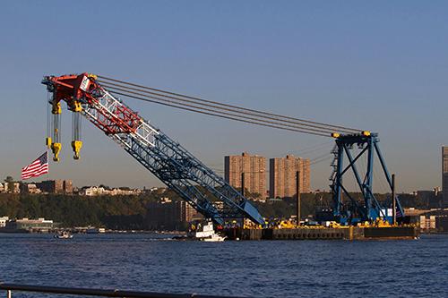 Lampson International Builds 3,000-Tonne Crawler Crane