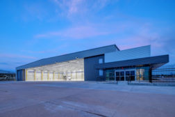 Aeroplex-Signature Hangar